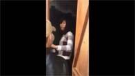Đắng lòng hai nam thanh niên đánh một cô gái rất tàn bạo