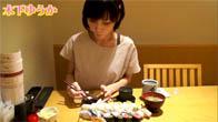 Thánh ăn Yuka Kinoshita ăn hết 200 cái sushi một lúc