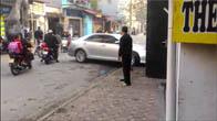 Xe Camry đâm chết 3 người ở Hà Nội