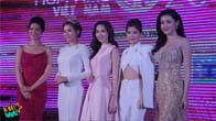 Đặng Thu Thảo xinh đẹp, duyên dáng chụp ảnh bên các hoa hậu Việt Nam