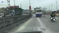 Cảnh sát cơ động Quảng Ninh truy đuổi xe khách hoán cải như phim hành động