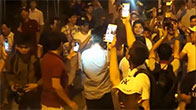 Người dân đổ xô ra đường ăn mừng chiến thắng trước BOT Cai Lậy
